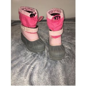 Columbia Girls Pink Winter Snow Boots Size 11